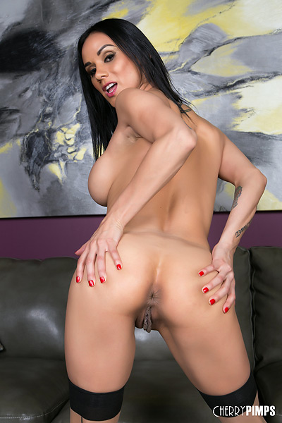 Nadia Styles Pornos & Sexfilme Kostenlos - FRAUPORNO