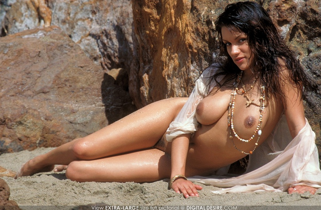 mendez beach Monica nude