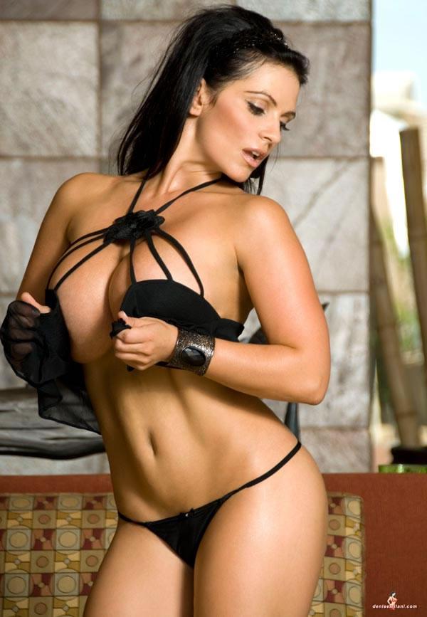 Hot nude danise milani
