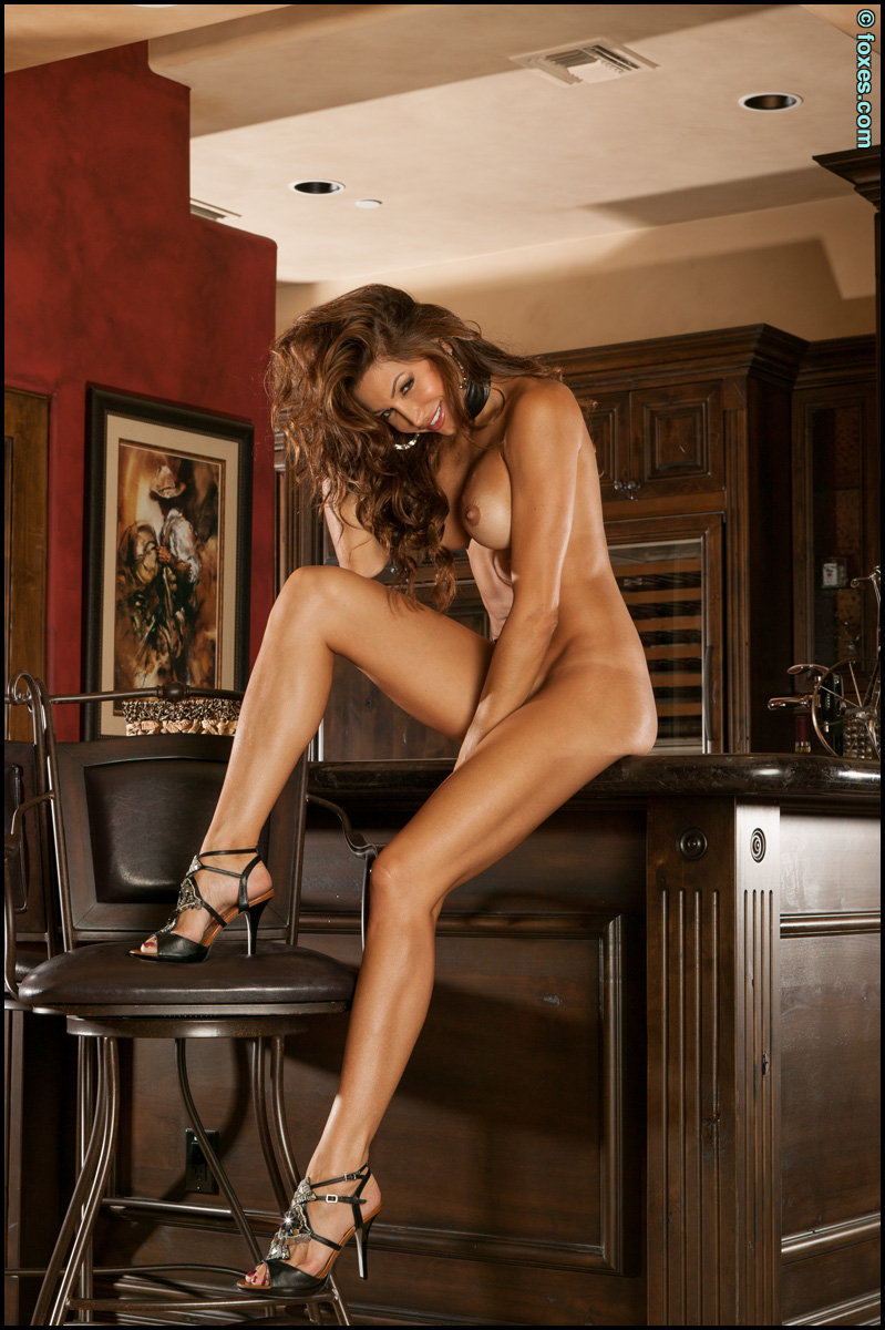 Amber sym has a perfect body and is beautiful in every way - 3 part 1