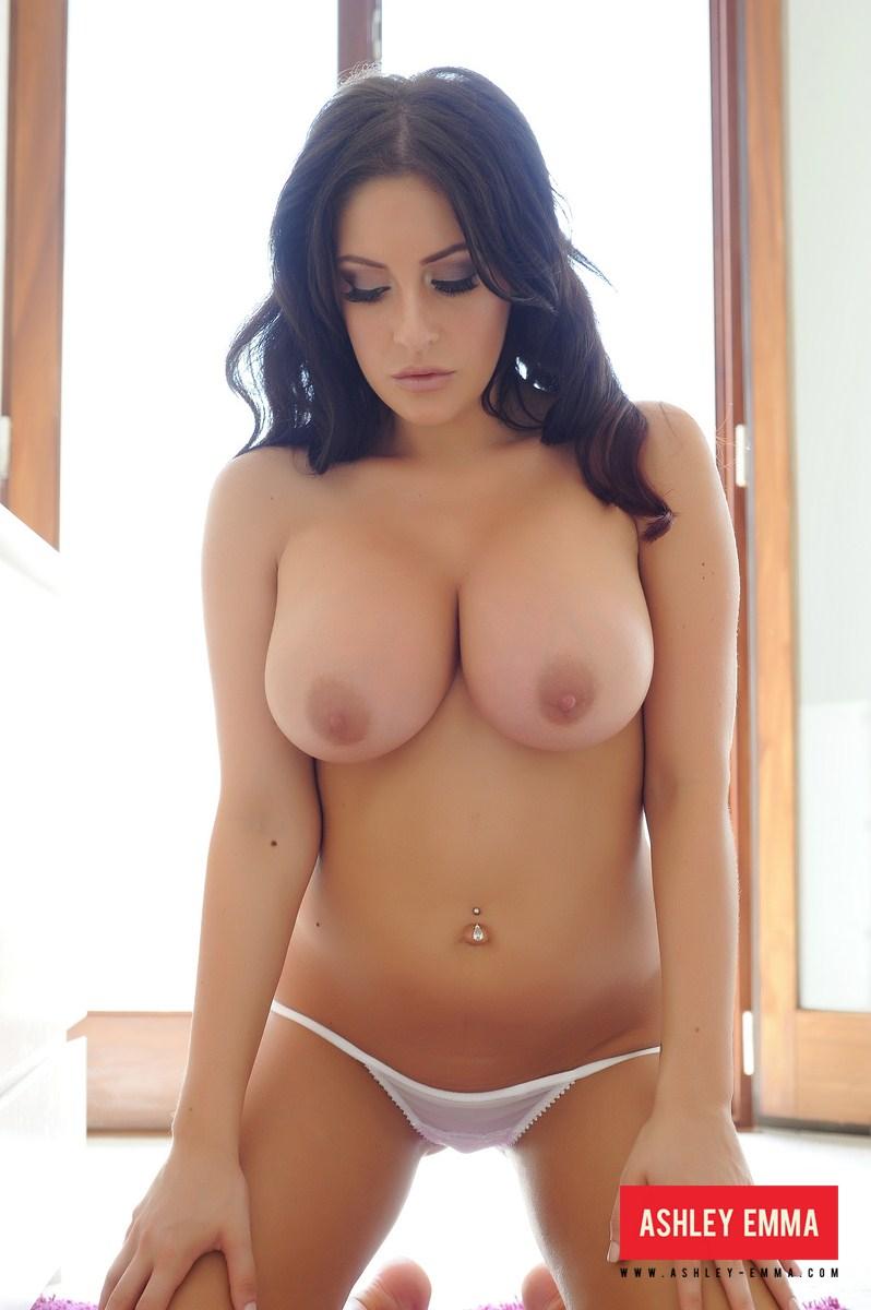 busty girls in jeans sex video