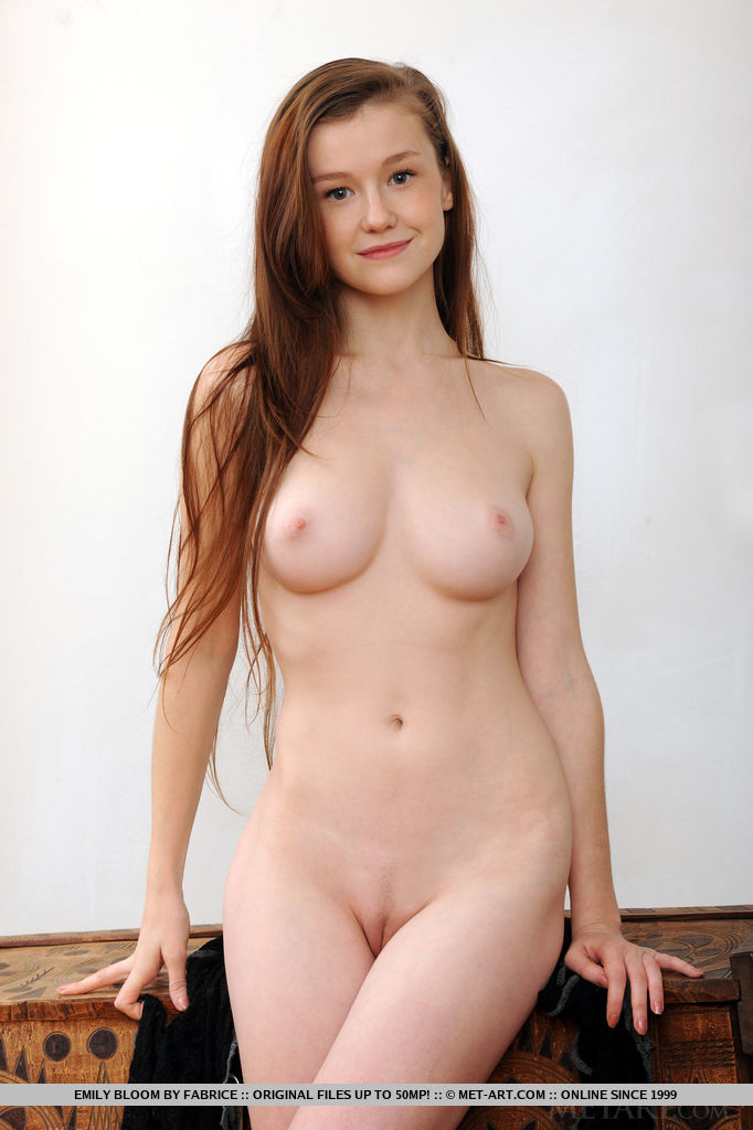 Emily Bloom Porno