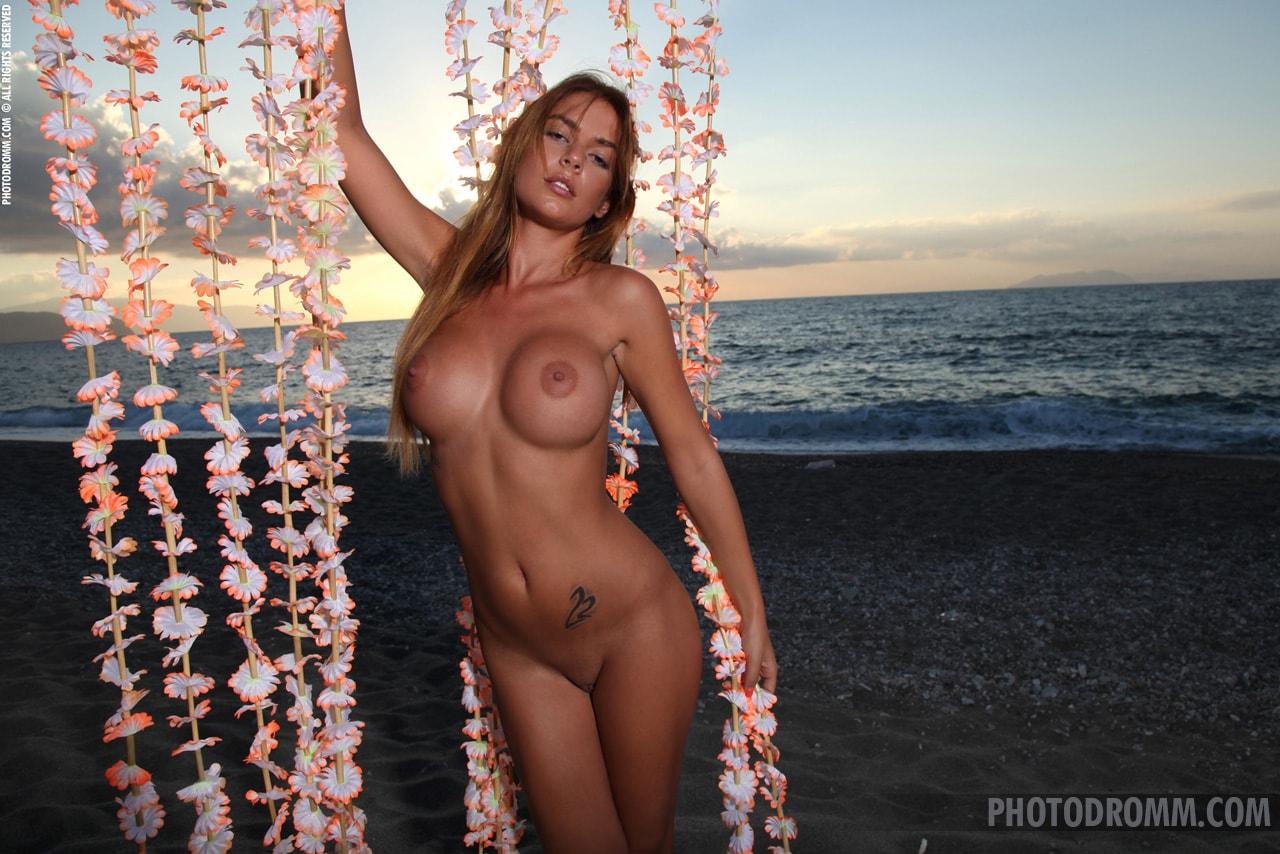 Swimwear Nude Sicilian Women Png