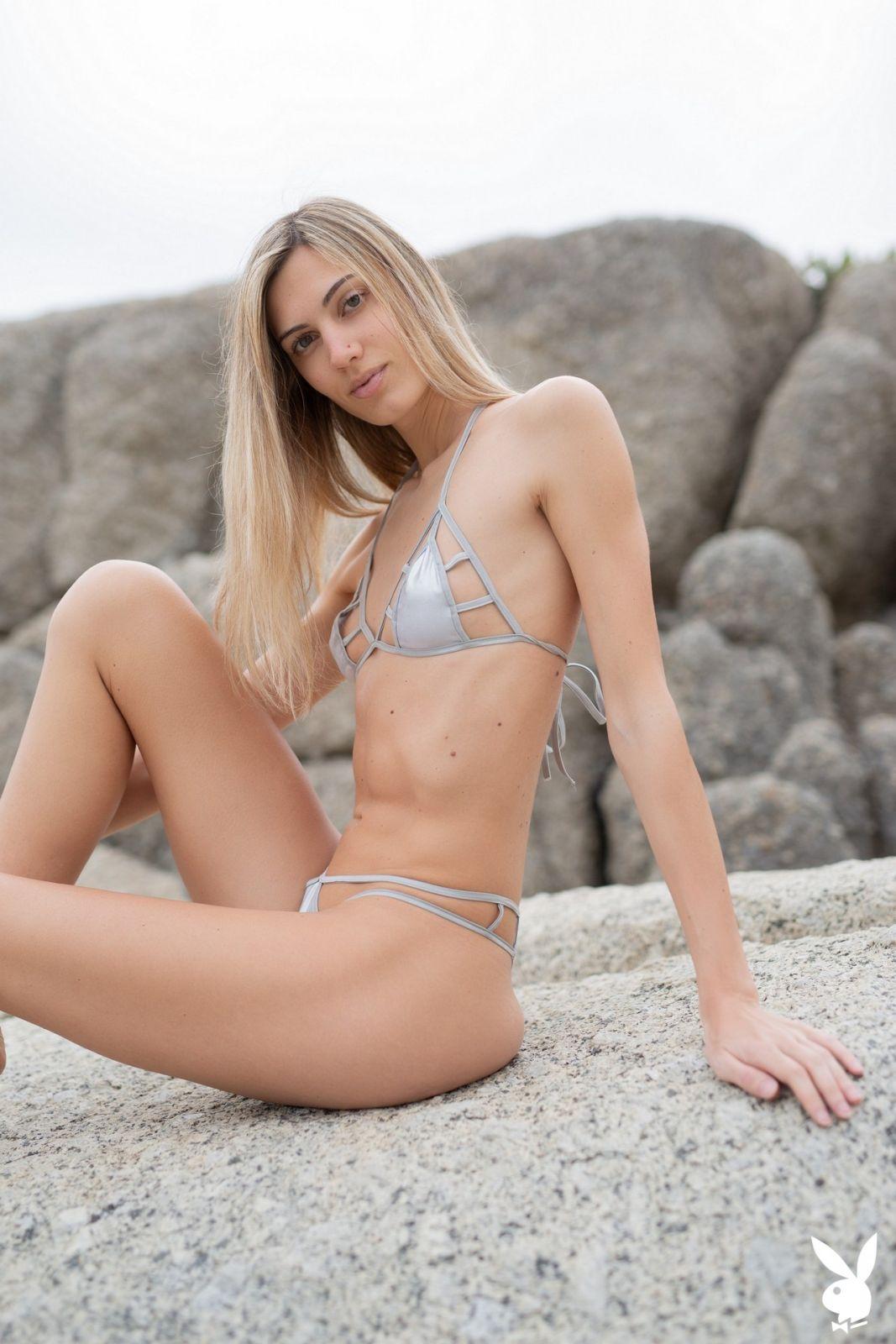 naturist beaches booty squat poses