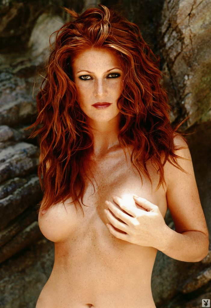 Hot gallery of naked redhead babe Angie Everhart