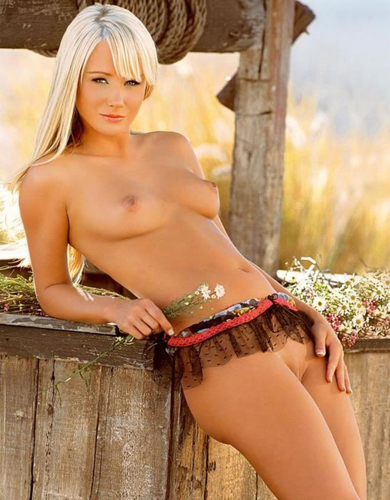 Playmate sara jean underwood nude