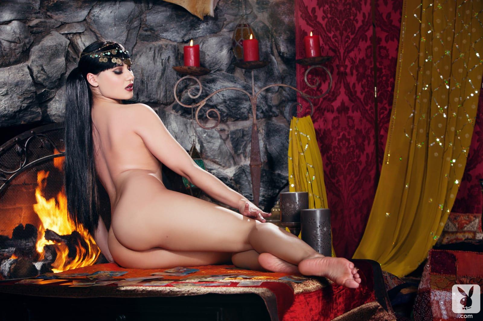 эротическое фото императрица жеребцы покажут нашим