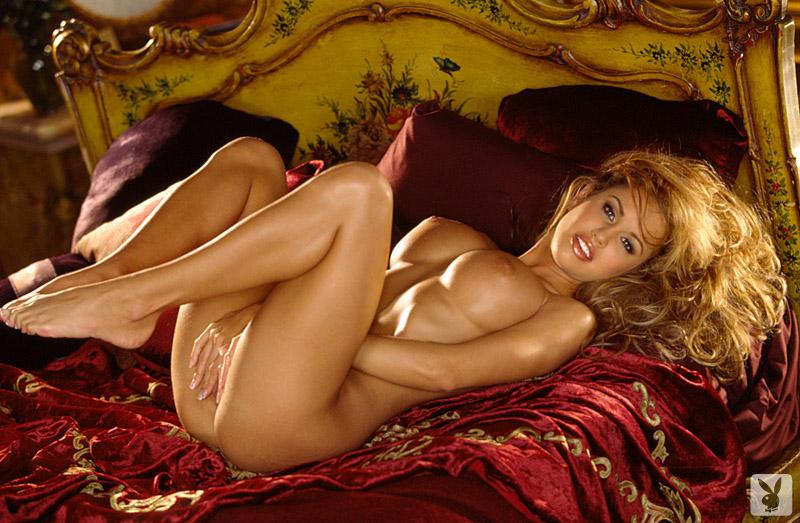 Stretched pornstar pussy pics
