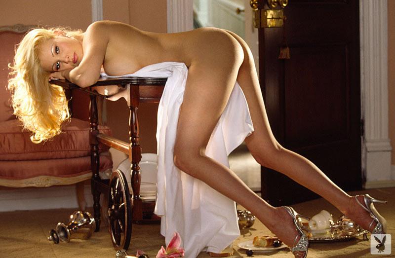 Moakler naked shanna
