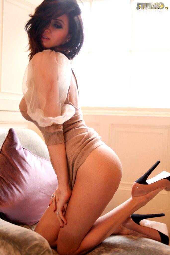 Lilly Roma  - Lilly Roma s babepedia @Lilly_Roma