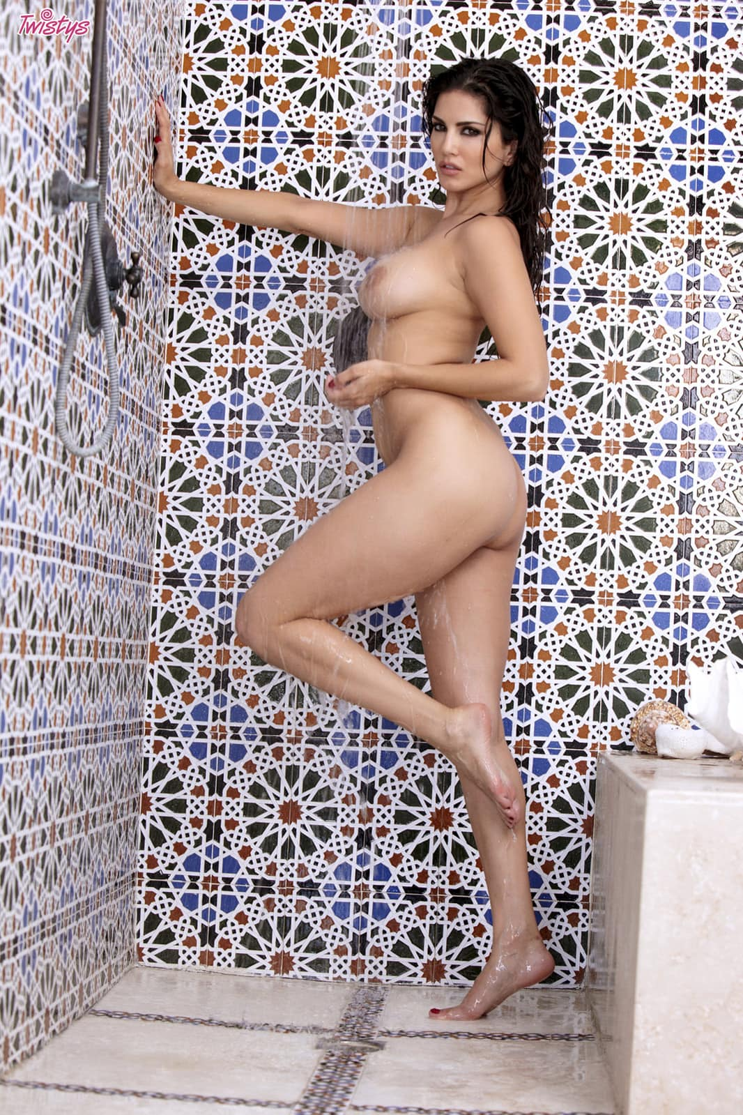 Sunny Leone posing naked in the shower