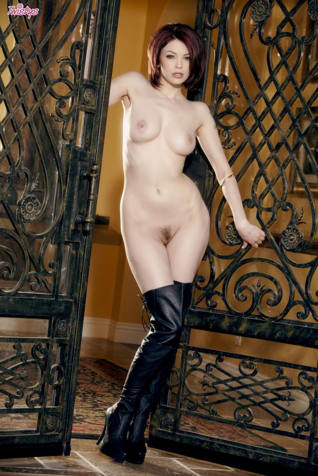 Stiefel Nackt