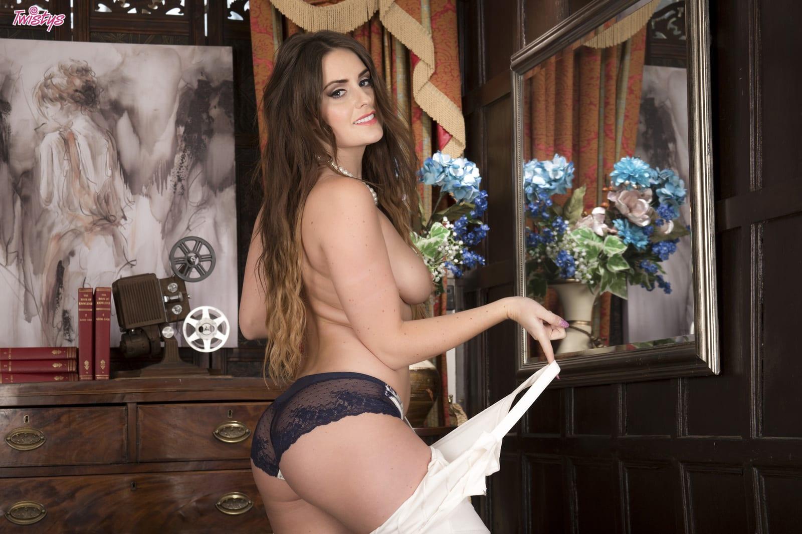 Emma Jayne-green  - Emma G - Swe babepedia @Emma_Green