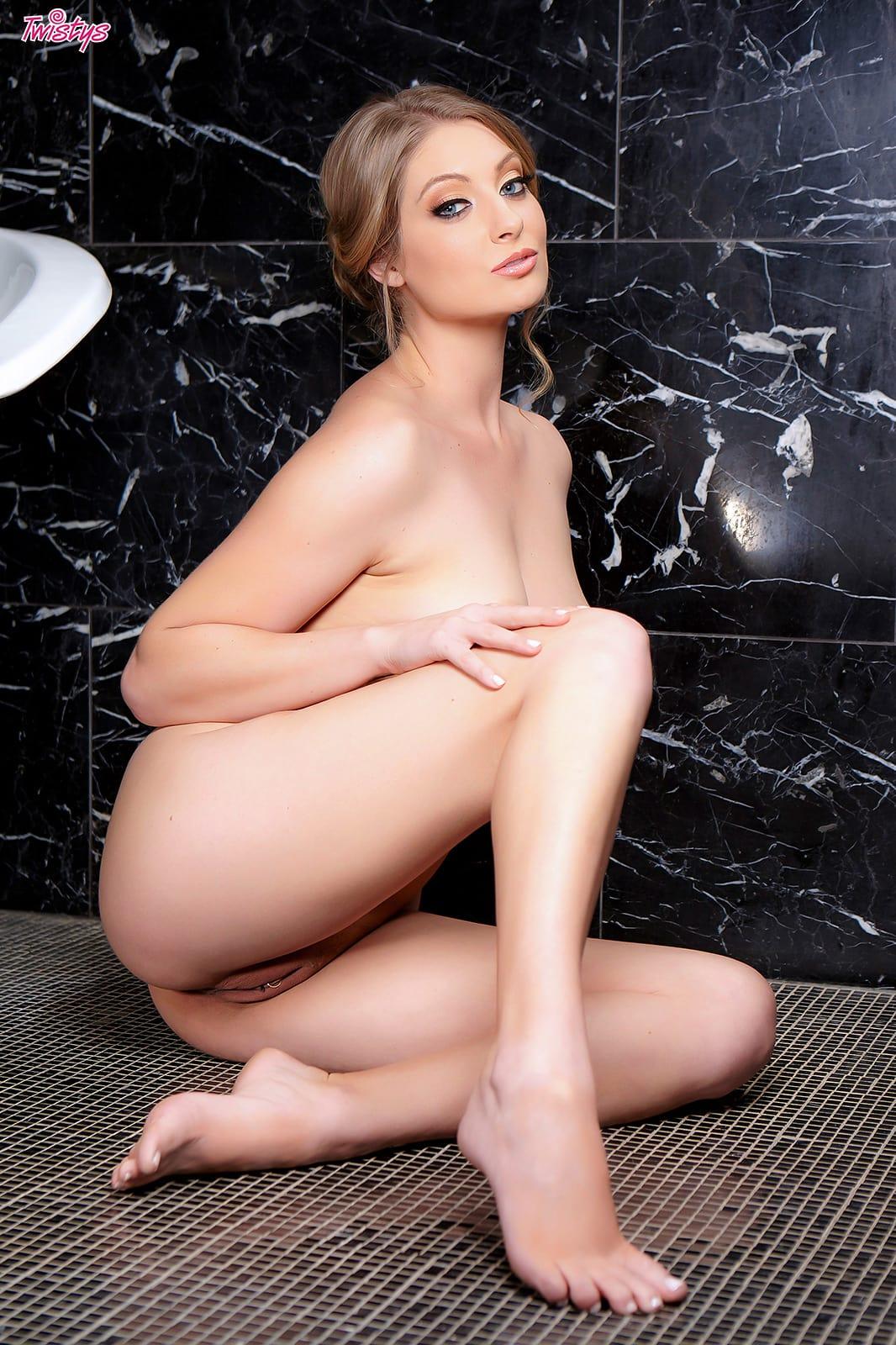 Veronica Weston