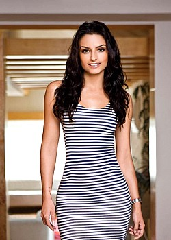 Aislinn Derbez image 1 of 1