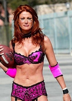 Angie Everhart image 1 of 1