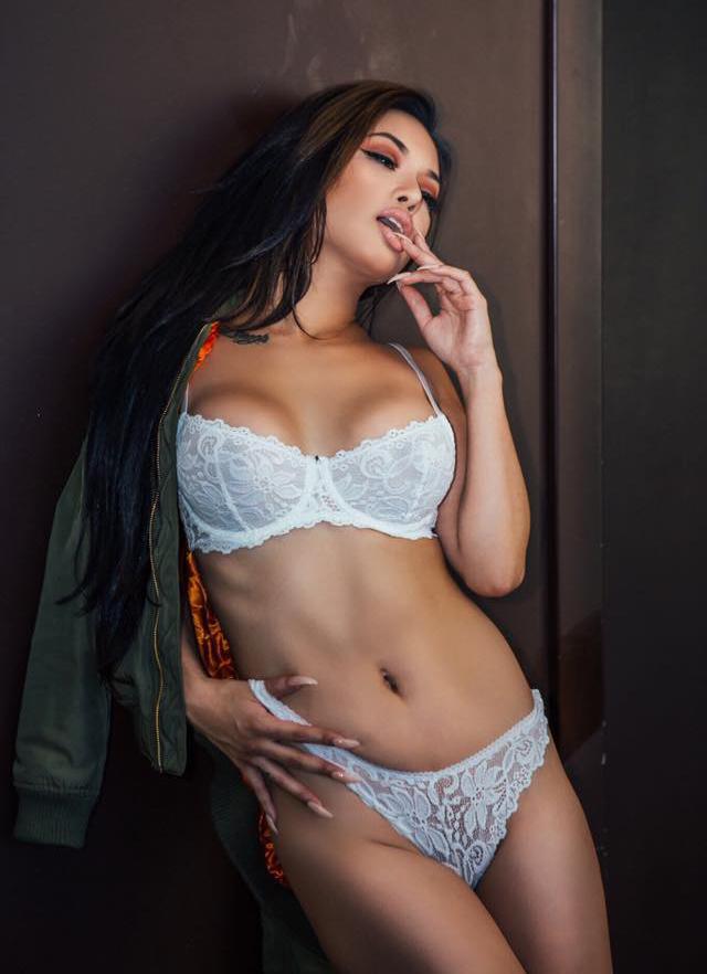 Ashley vee nude boobs photo 507