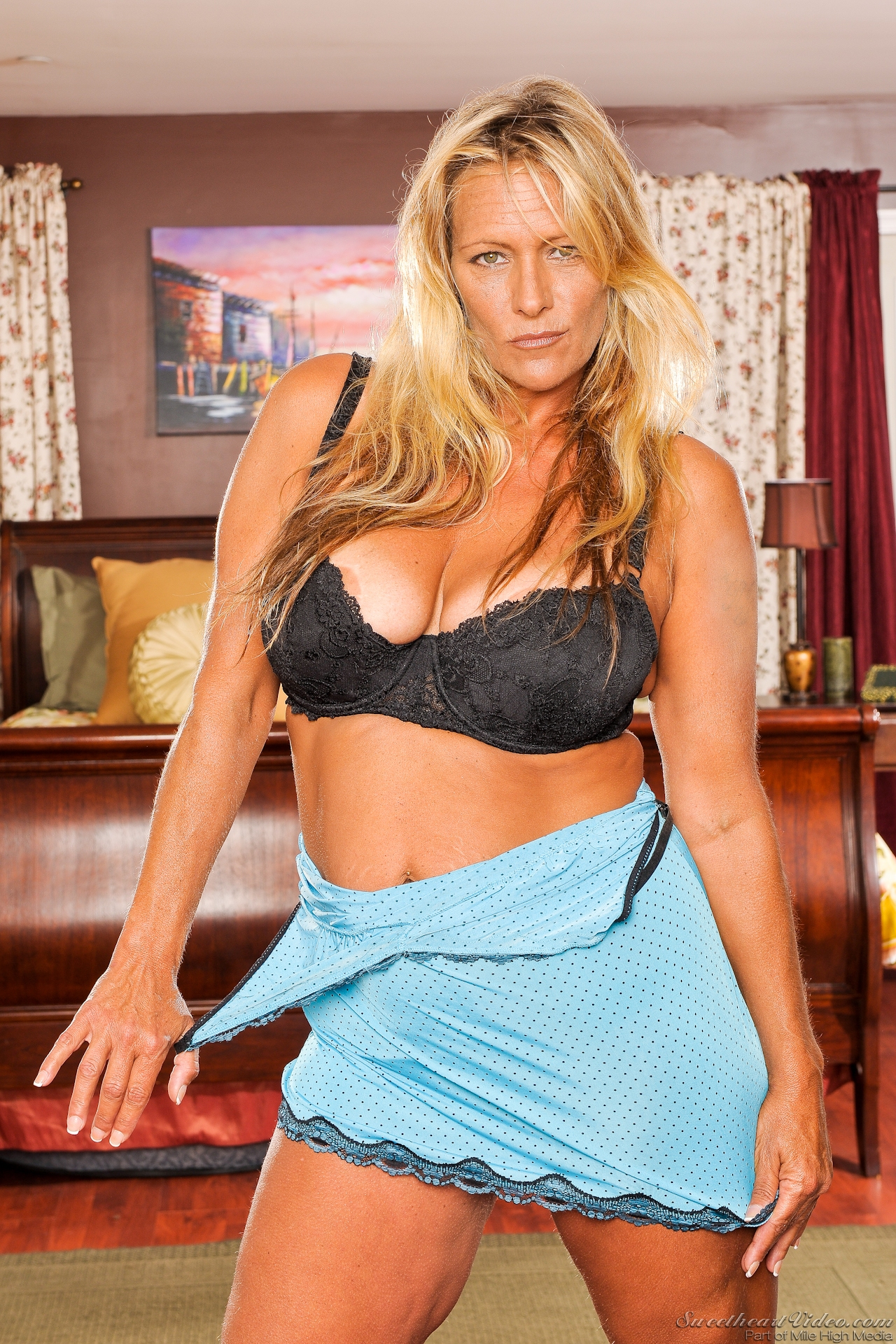 debi-diamond-erotic-porn-actress-buffy-davis-xxx-pornstar