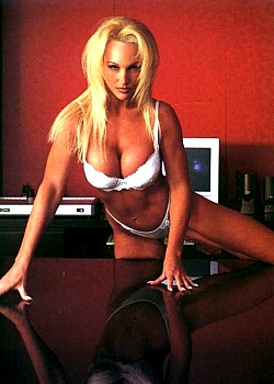 Debra Marshall image 1 of 1