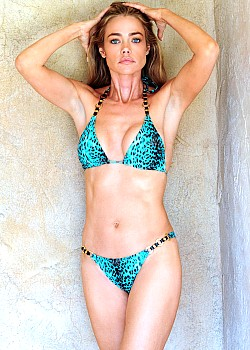 Denise Richards image 1 of 1