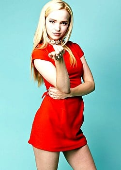 Dove Cameron image 1 of 1