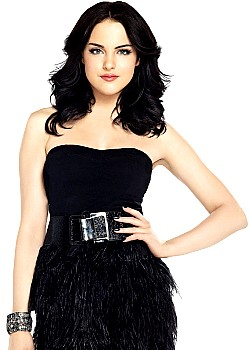 Elizabeth Gillies image 1 of 2
