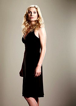Elizabeth Mitchell image 1 of 2