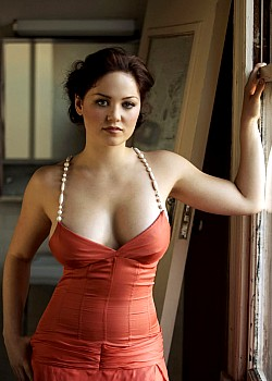 Erika Christensen image 1 of 1