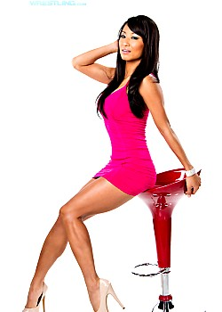 Gail Kim image 1 of 2