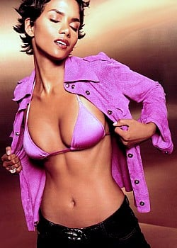 Halle Berry image 1 of 2