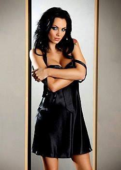Jessica-Jane Clement image 1 of 1