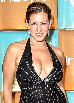 Joely Fisher image 1 of 2