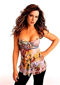 Kate Beckinsale image 1 of 4