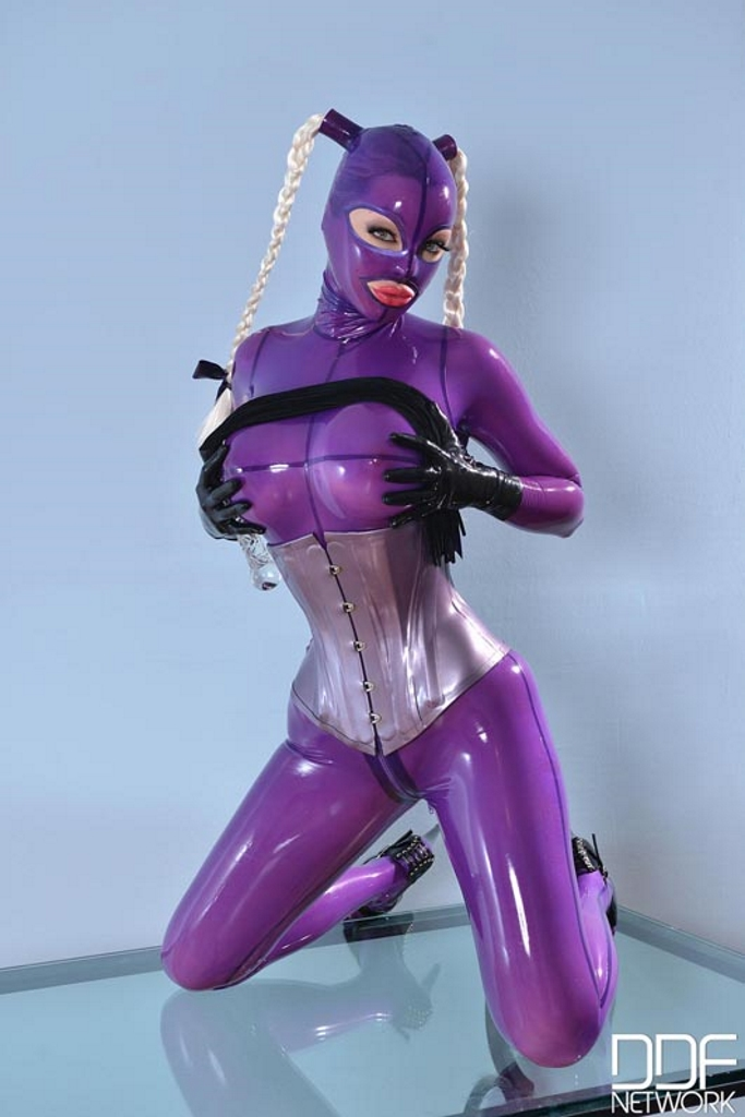 latex lucy free videos
