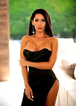 Madison Ivy image 1 of 7