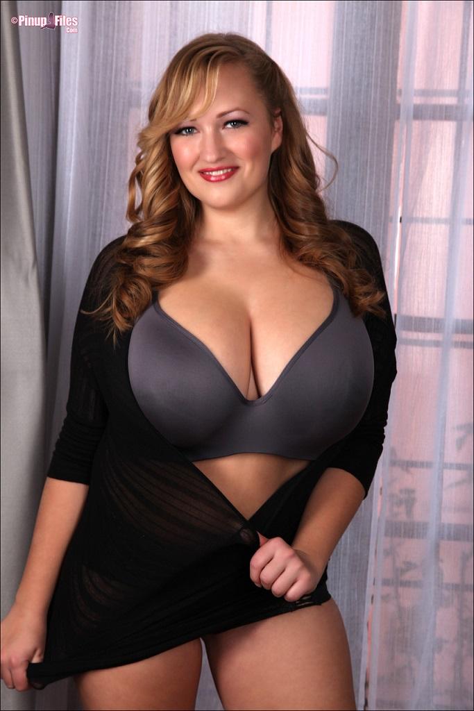 Natural boobs sara luv | Porn foto)