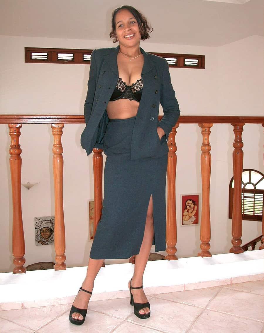 Yanine Diaz Blog 65