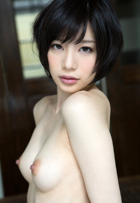 Airi Suzumura - Free nude pics, galleries & more at Babepedia