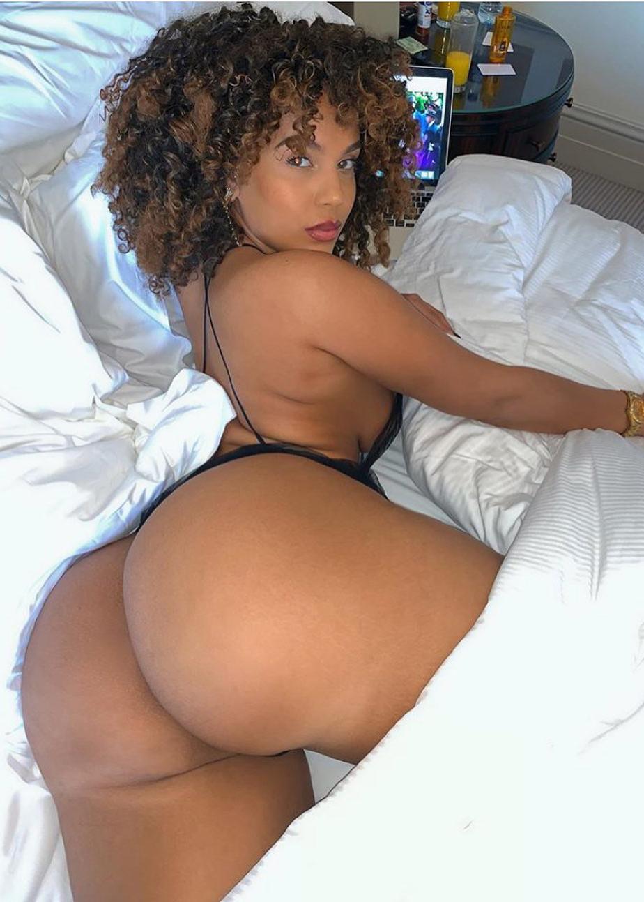 Amirahdyme Nude