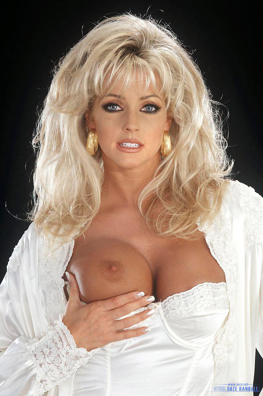 Elizabeth hilden nude