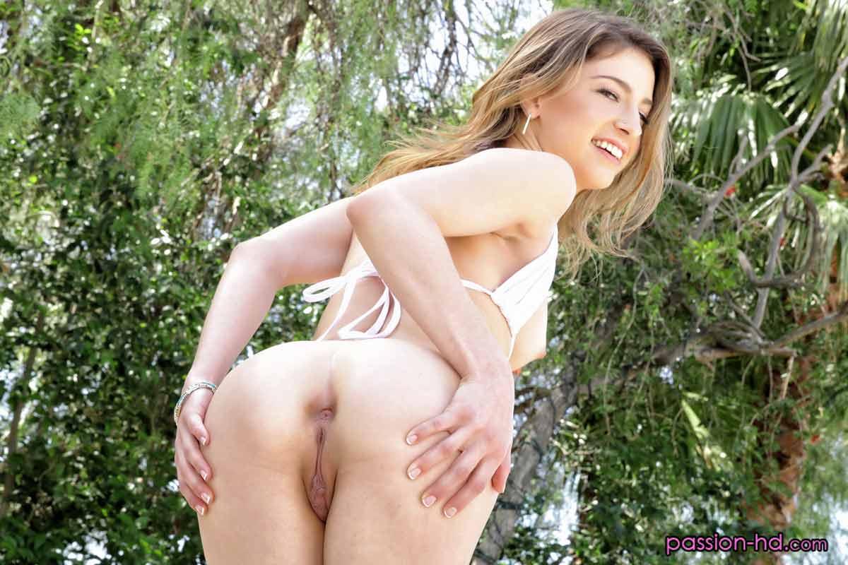 Michelle Thorne Ass Licking