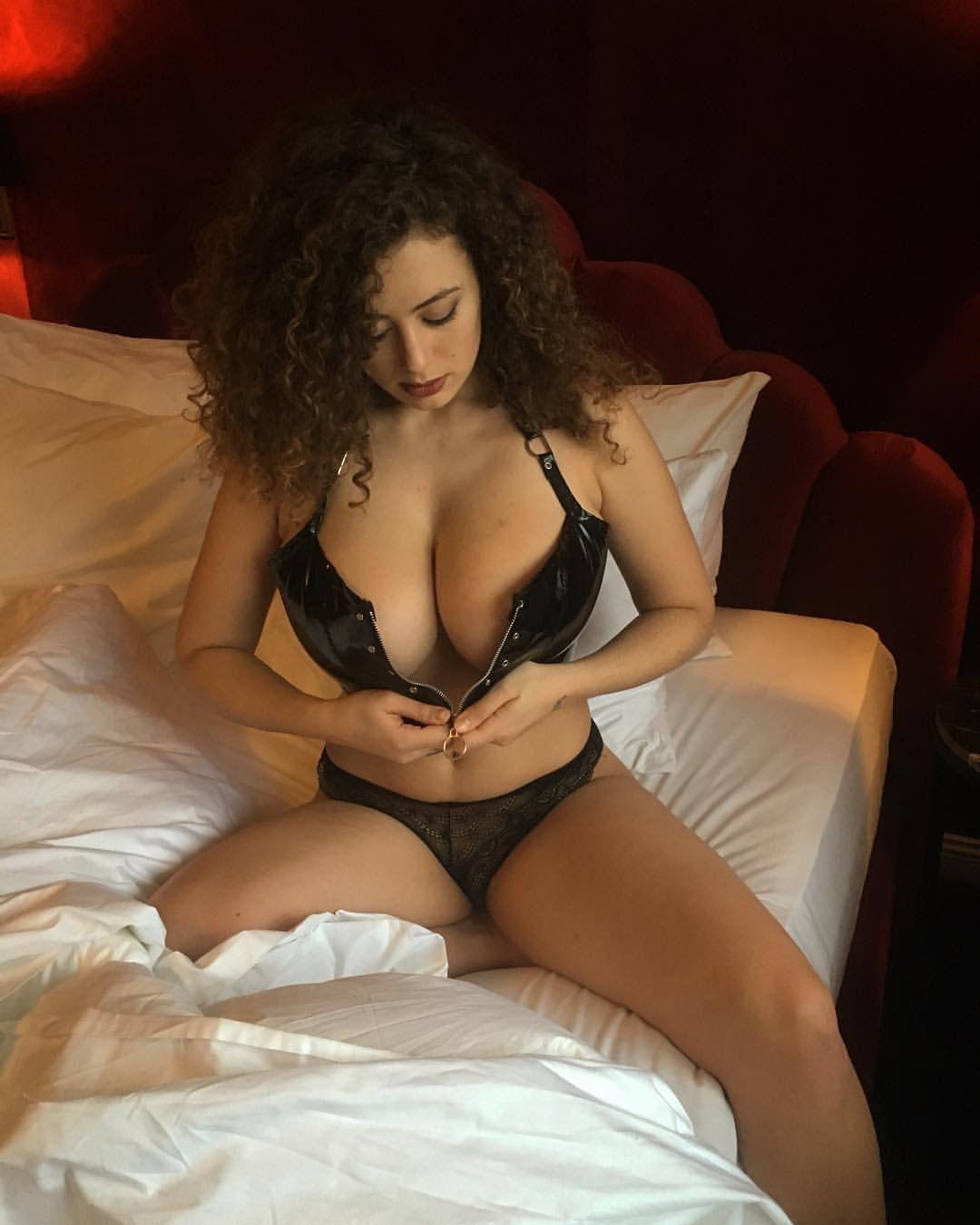 leila lowfire sex video