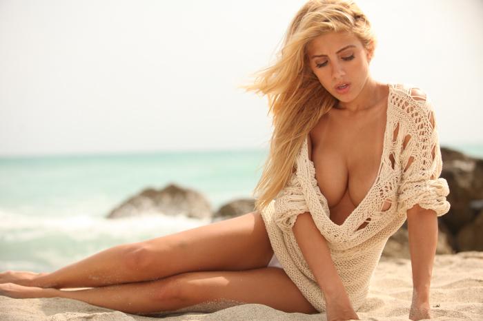Valeria Orsini  - Valeria Orsi babepedia @Valeria_Orsini